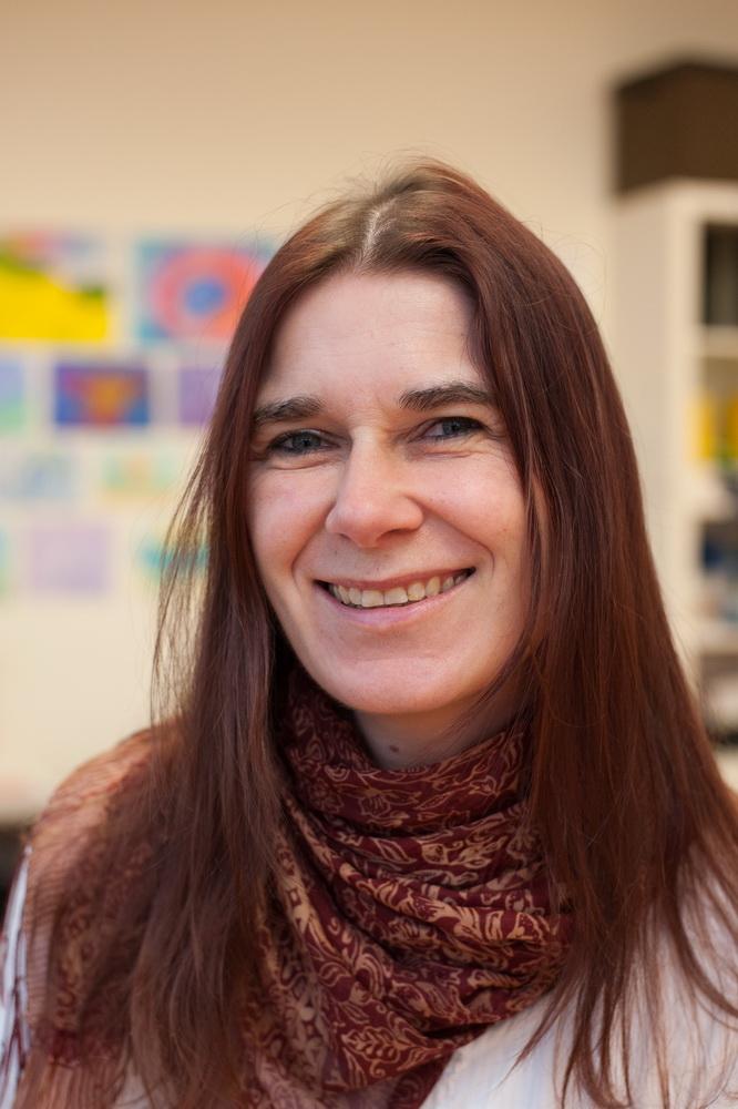 Jennifer Holz